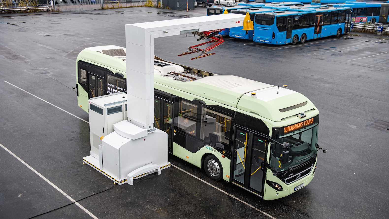 The autonomous Volvo bus at the loading station at the depot.