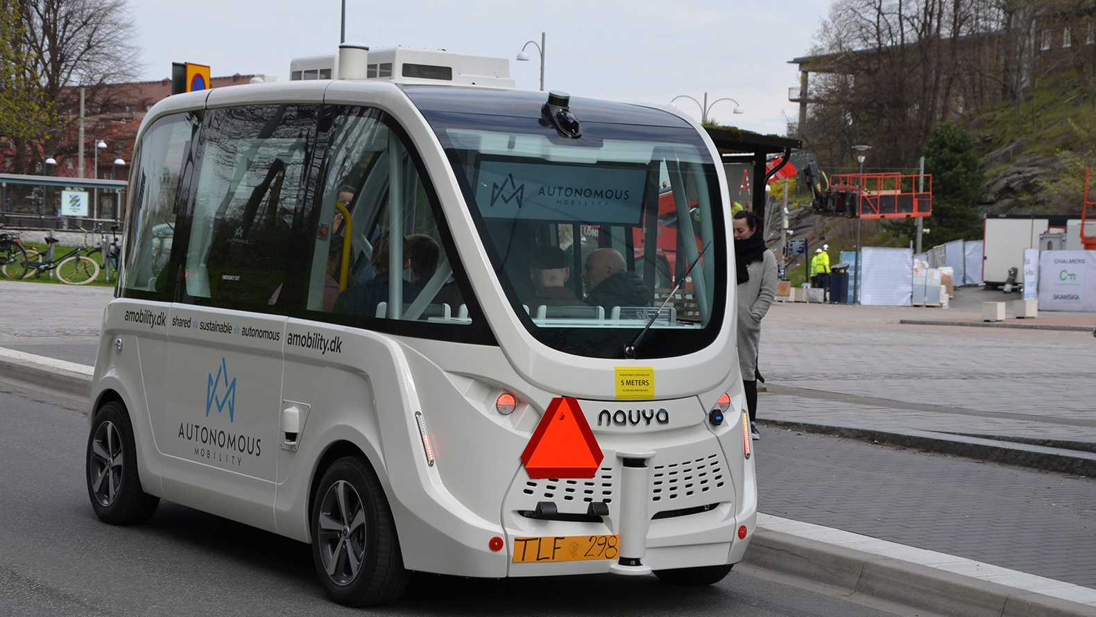 the premiere of self driving buses in gothenburg drive sweden